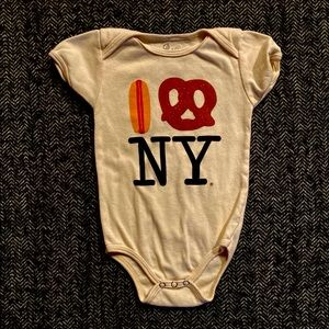 Cool I love NY bodysuit size 6-12m